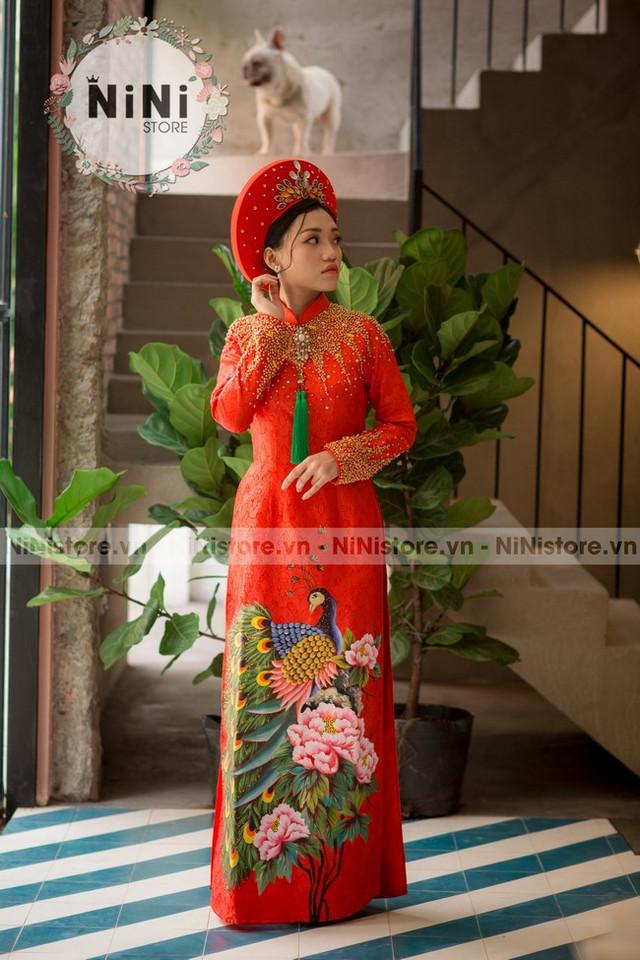 Top 20 mẫu áo dài cô dâu màu đỏ đơn giản đẹp duyên dáng 2020