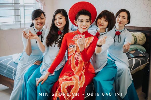 cho-thue-ao-dai-cuoi-chat-luong-tphcm