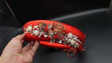 8 mẫu mấn cô dâu màu đỏ duyên dáng đẹp nhất 2020