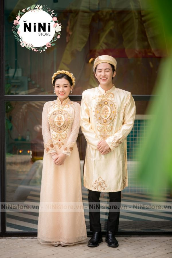 ao-dai-dam-hoi-cho-co-dau-chu-re-noi-bat