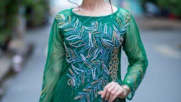 20+ Kiểu áo dài bà sui cao cấp đẹp sang trọng cho mẹ 50 tuổi 2020