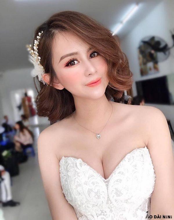 kieu-toc-xoan-ngan-de-thuong-cho-co-dau