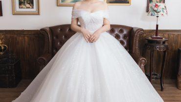 Top 20 mẫu váy cưới trễ vai công chúa đẹp & ấn tượng nhất 2021
