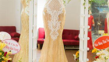 Top 10 mẫu váy cưới màu vàng ánh kim đẹp lung linh 2021